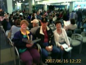 2007 06 16 NCL Star Alaska Check-In (2)