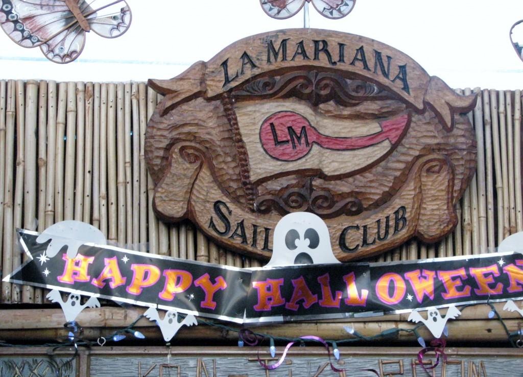 2013 10 29 Hawaii LaMariana Restaurant & Bar Sign