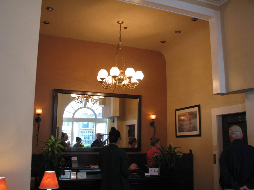 2013 09 10 SF Andrews Hotel Lobby (2)