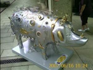 2007 06 15 NCL Star Alaska Seattle Pigs On Parade silver Swine
