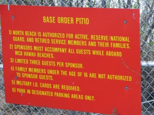 2013 10 28 Hawaii Marine Corps Base Kaneohe Bay Beach Sign Beach