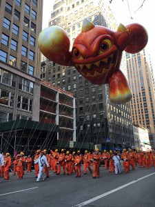 Eruptor from Skylanders is back and glowing with joy to be in his second parade... you can tell by his 25 ft smile! high as 3 story building, wide as 7 taxi cabs, long as 8 bicycles, 90 Handlers