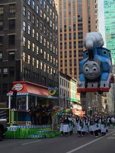 2015 11 26 New York Macy's Thanksgiving Day Parade Daughtry & Thomas the Tank Engine