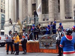 2015 11 26 New York Macy's Thanksgiving Day Parade Floats Frozen Fall Fun (2)