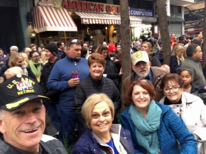 2015 11 26 New York Macy's Thanksgiving Day Parade Steve Dee Holan Lupe Phyllis Fred