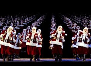 2015 11 26 New York Radio City Music Hall Christmas Spectacula Santas
