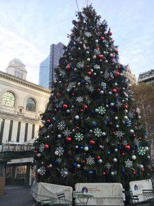 2015-11-27-new-york-city-bryant-park-bank-of-america-winter-village-christmas-tree