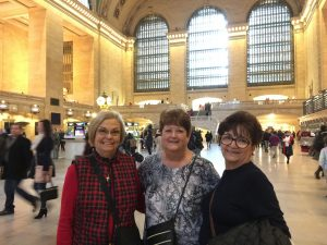 2015 11 27 New York Grand Central Station Dee Phyllis Lupe