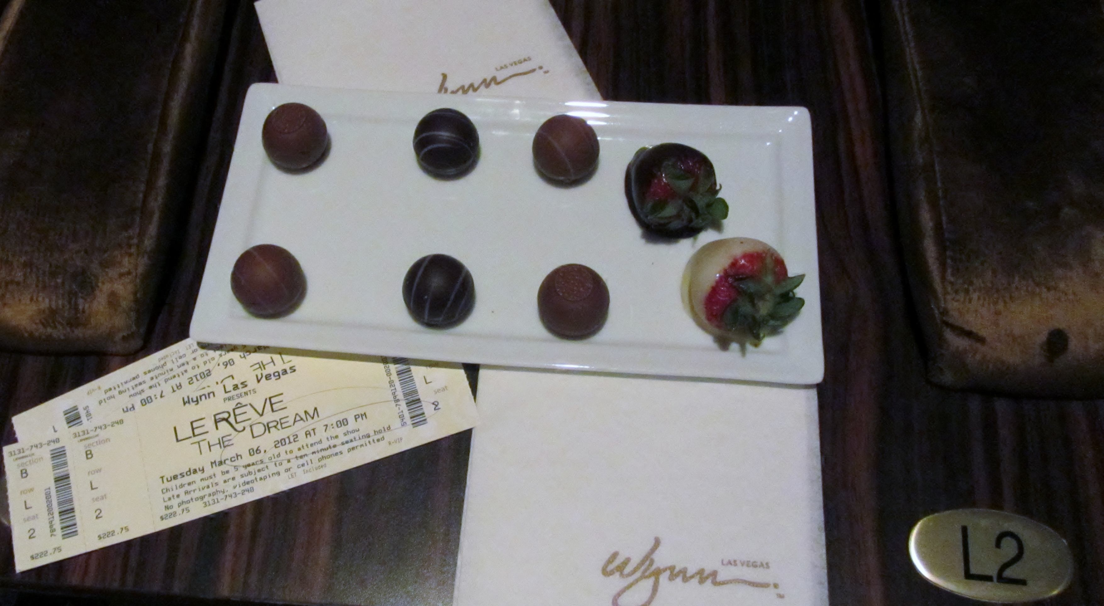 Las Vegas Wynn Le Reve The Dream VIP Indulgence Package Chocolate Covered Strawberries and Truffle