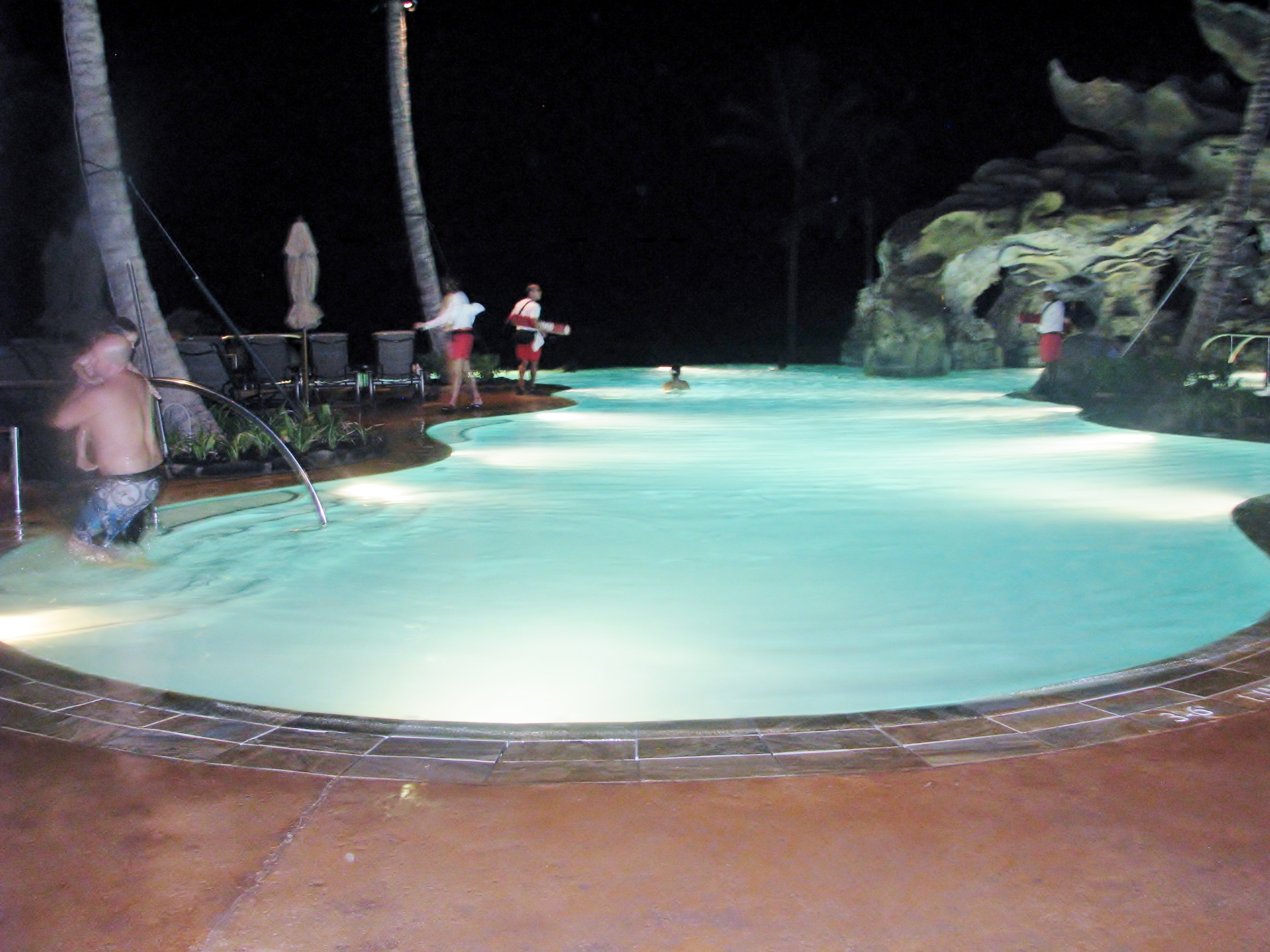 Ka Maka Grotto: A themed family pool, featuring an infinity edge, a misty grotto with beautiful sunset views and an after-dark experience with glittering lights