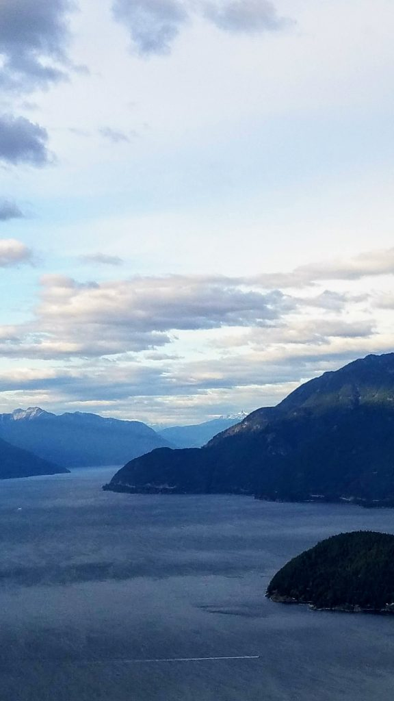 This image has an empty alt attribute; its file name is 2019-09-29-Vancouver-Burrand-Inlet-21-576x1024.jpg